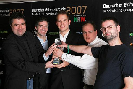 Dynamedion Team Collects Award