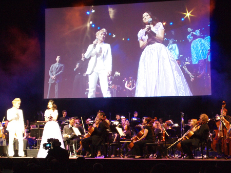 Chiaki Takahashi Performs The iDOLM@STER at A Night in Fantasia 2009 (© NAMCO BANDAI Games Inc.)